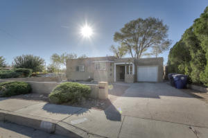 501 DALLAS Street NE, Albuquerque, NM 87108