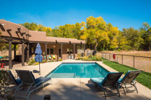 155 SKYLARK Lane, Corrales, NM 87048