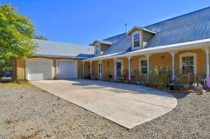 1227 JUANITA Drive SW, Albuquerque, NM 87105