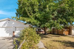 2812 20TH Street NW, Albuquerque, NM 87104