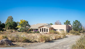 513 ROADRUNNER Lane NE, Albuquerque, NM 87122