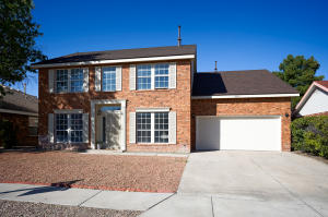 8005 CREEKWOOD Avenue NW, Albuquerque, NM 87110