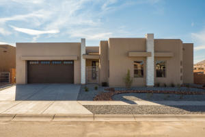 7927 TEABERRY Road NW, Albuquerque, NM 87120