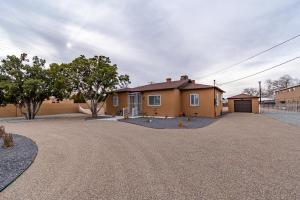 3805 12TH Street NW, Albuquerque, NM 87107