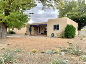 323 QUINCY Street NE, Albuquerque, NM 87108