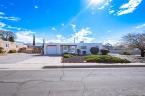 2304 ELIZABETH Street NE, Albuquerque, NM 87112