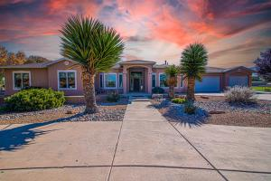 380 GARCIA Lane, Bosque Farms, NM 87068