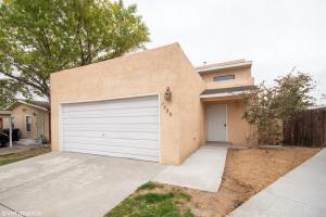 7320 Canary Lane NE, Albuquerque, NM 87109