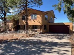 13307 Sunset Canyon Drive NE, Albuquerque, NM 87111