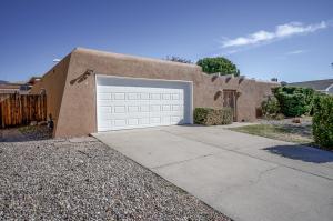 5404 PURCELL Drive NE, Albuquerque, NM 87111