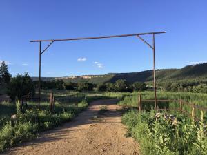 Entrance to Magic Canyon Park Ranch