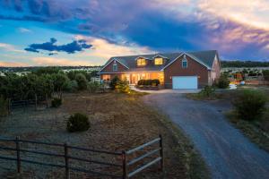 19 WEATHERSBY Drive, Edgewood, NM 87015