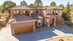 6508 OSUNA Road NE, Albuquerque, NM 87109