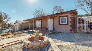 235 56TH Street NW, Albuquerque, NM 87105