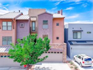 4505 VILLA LOMA Lane NE, Albuquerque, NM 87111