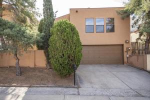 9304 OSUNA Place NE, Albuquerque, NM 87111