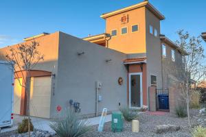 7413 TANGERINE Court NE, Albuquerque, NM 87109
