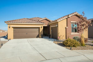9215 RED BUTTE Place NW, Albuquerque, NM 87120