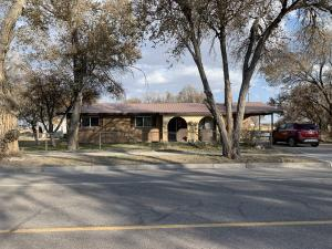 404 5TH Street, Estancia, NM 87016