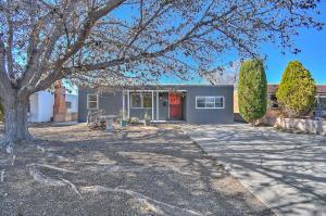 729 Cardenas Drive SE, Albuquerque, NM 87108