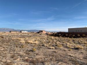 6608 PETIRROJO Road NW, Albuquerque, NM 87120