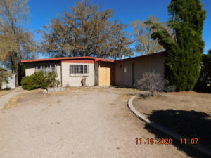 10305 BALDWIN Avenue NE, Albuquerque, NM 87112