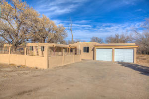 2325 Pajarito Road SW, Albuquerque, NM 87105