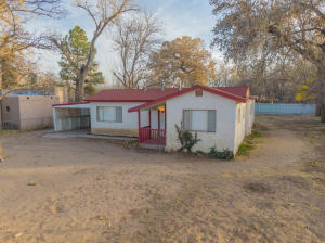 2212 DURAND Road SW, Albuquerque, NM 87105