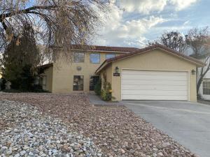 8216 R C GORMAN Avenue NE, Albuquerque, NM 87122