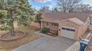 2201 GLORIETA Street NE, Albuquerque, NM 87112