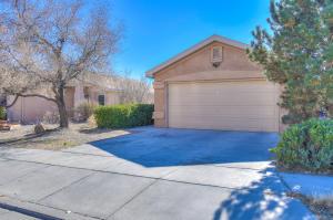 2827 Butch Cassidy Drive SW, Albuquerque, NM 87121