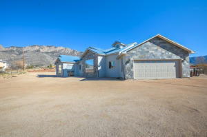 12400 EAGLE ROCK Avenue NE, Albuquerque, NM 87122