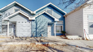 708 BARELAS Court SW, Albuquerque, NM 87102