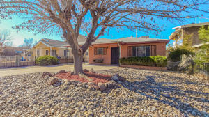 1633 PRINCETON Drive SE, Albuquerque, NM 87106