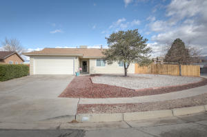 7529 UNION Street NE, Albuquerque, NM 87109