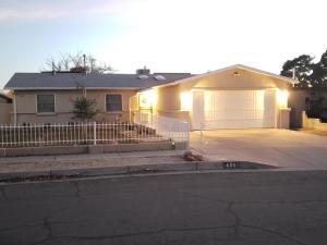 6348 MENDIUS Avenue NE, Albuquerque, NM 87109