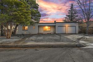 3610 CALLE DEL SOL NE, Albuquerque, NM 87110