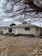 2513 GLORIETA Street NE, Albuquerque, NM 87112