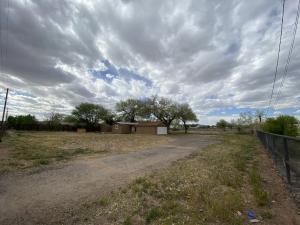 2307 Durand Road SW, Albuquerque, NM 87105