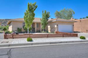 7009 Lamar Avenue, Albuquerque, NM 87120