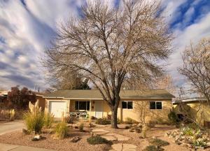 1835 Aliso Drive NE, Albuquerque, NM 87110