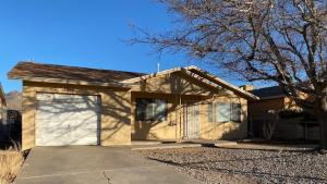 248 SHIRLEY Street NE, Albuquerque, NM 87123