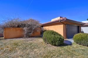 4417 ROXBURY Avenue NE, Albuquerque, NM 87111