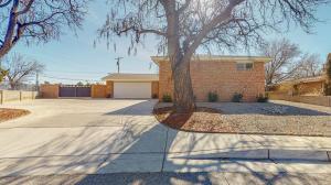3512 AMHERST Place NE, Albuquerque, NM 87107