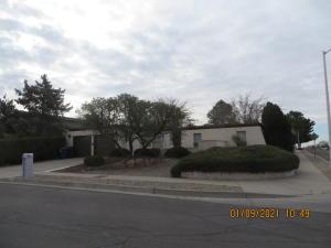 7400 VICKREY Drive NE, Albuquerque, NM 87109