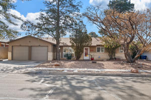 8520 PRINCESS JEANNE Avenue NE, Albuquerque, NM 87112