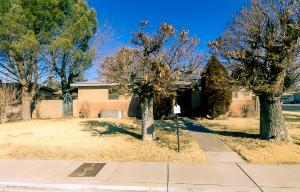 4115 Sunland Circle NW, Albuquerque, NM 87107