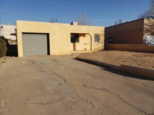 1104 TRUMAN Street SE, Albuquerque, NM 87108