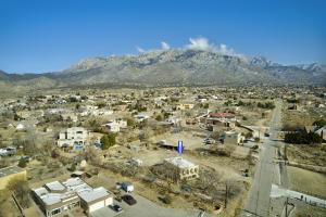 11401 RICHFIELD Avenue NE, Albuquerque, NM 87122