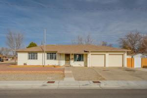 7805 CUTLER Avenue NE, Albuquerque, NM 87110